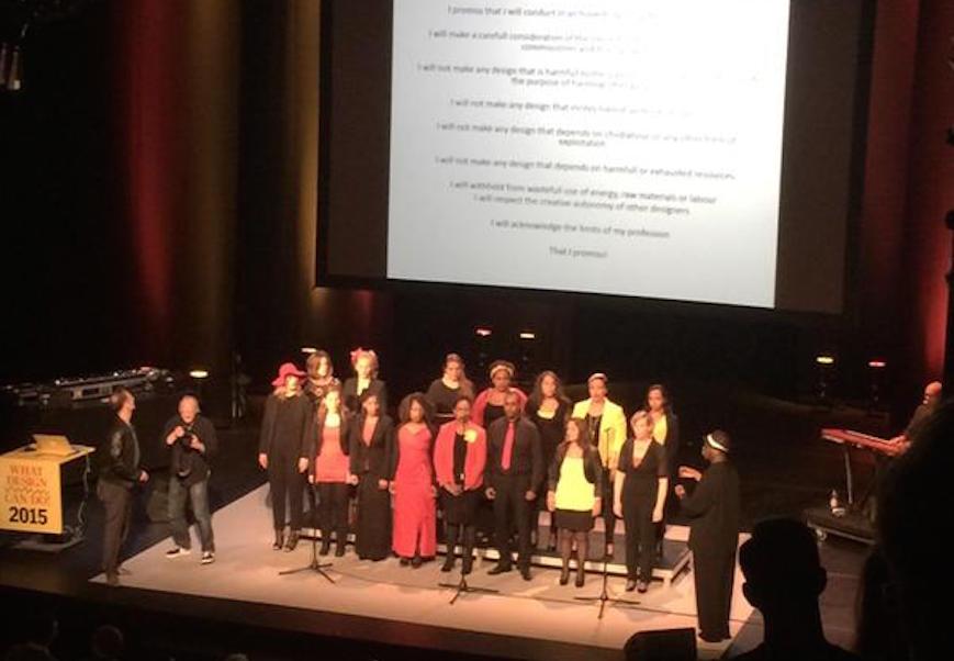 Jeroen Junte neemt de eed af tijdens WDCD 2015
